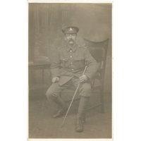 Thomas Parkinson Darnton wearing his WW1 Army uniform